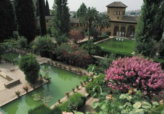 сад Альгамбры
