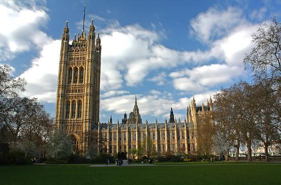 Здание Парламента в Англии