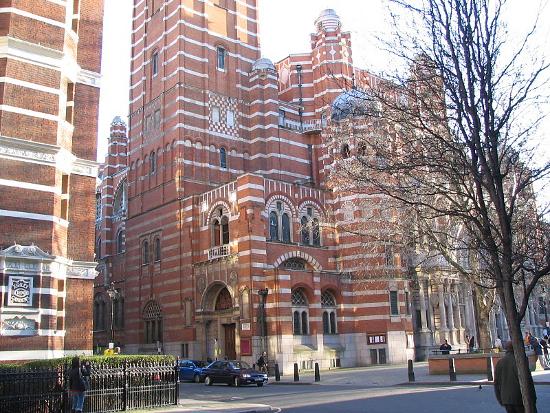 Вестминстерский Кафедральный собор в Англии