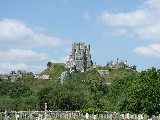 Замок Корфе в Англии