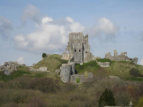 Замок Корфе фото