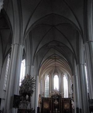 своды церкви Святой Марии в Берлине