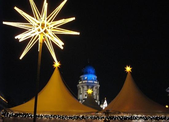 освещение площади Жандарменмаркт