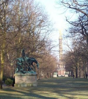 скульптура в парке Большой Тиргартен