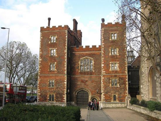 Дворец Ламберт в Лондоне фото