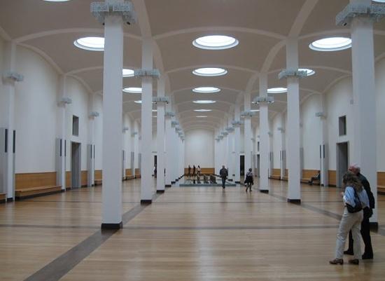 зал Берлинской картинной галереи