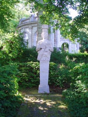 вид на Фонтан сказок в Берлине
