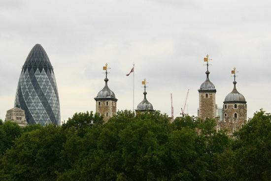 Небоскрёб Мэри-Экс в Лондоне