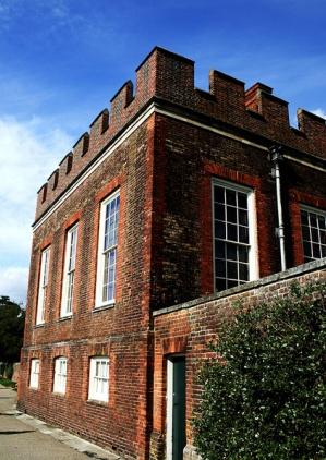 башня дворца Хэмптон-корт