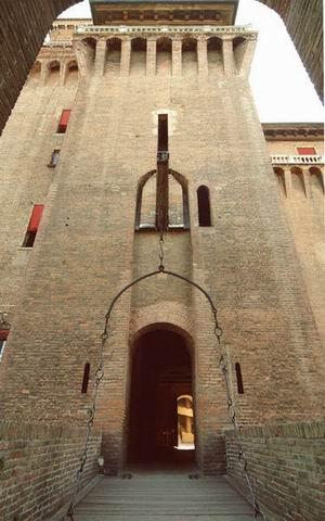Замок Эстенсе