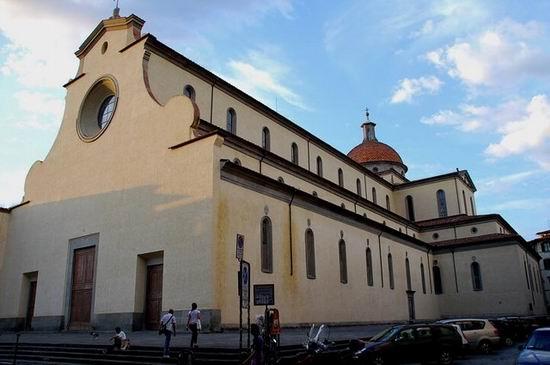 Церковь Сан-Спирито