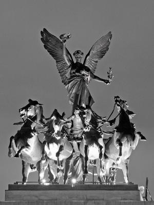 скульптура на Арке Веллингтона