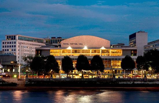 Королевский фестивальный зал в Лондоне
