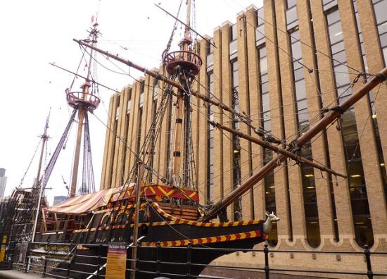 Золотая лань в Лондоне