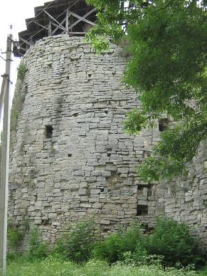 Порховская крепость, башня
