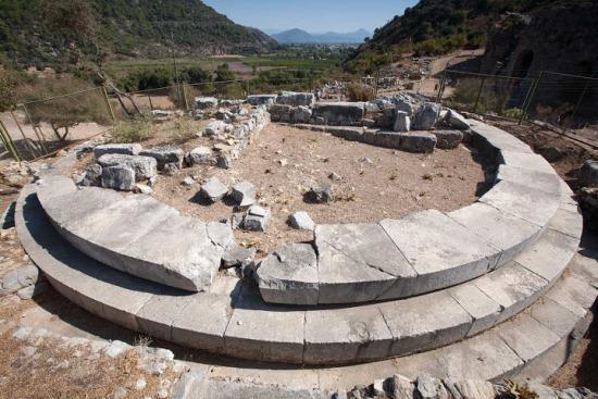 Остатки города Кавн в Турции