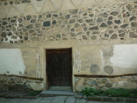 Вход в Боянскую церковь