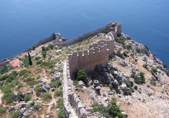 Крепостная стена в Алании