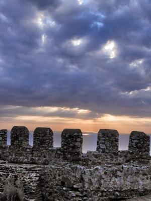 Часть стены крепости в Алании