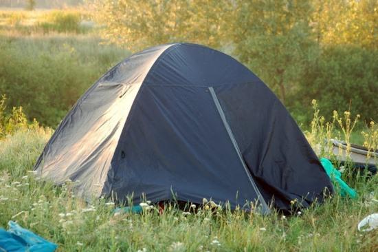 Палатка должна быть легкой и удобной