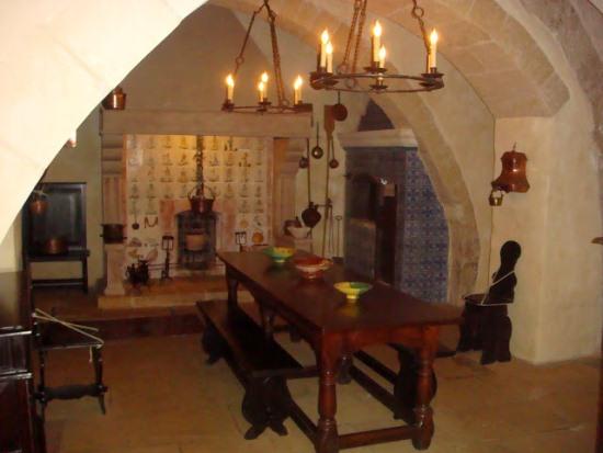 Старинная кухня в Палаццо Фальсон