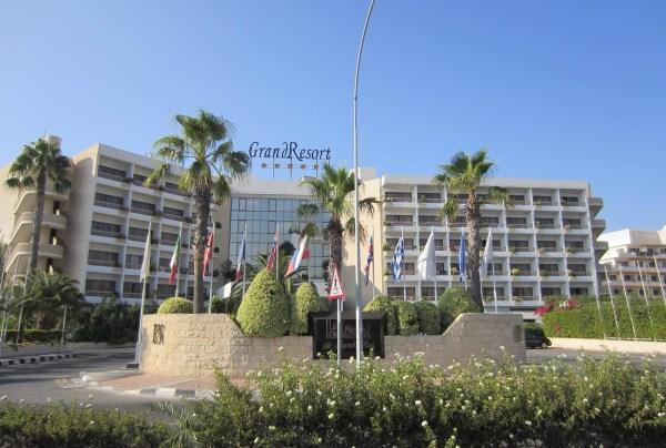 Отель «Grand Resort» на Кипре – грандиозный отдых